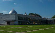 В мэрию принесли 22 тысячи подписей в защиту Дворца пионеров