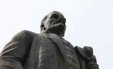 Сколько за рубежом улиц Ленина, Сталина и Гагарина?