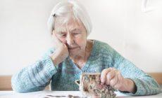 Почему пожилые платят за капремонт?